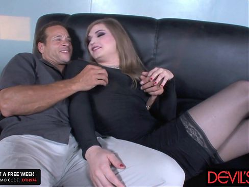 Hot trans model with pantyhose gets fucked and rimmed